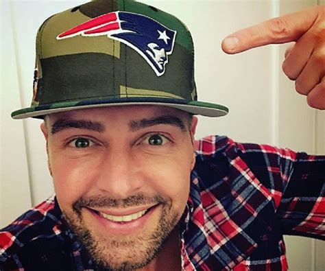 Joey Lawrence Biography – Facts, Childhood, Family Life