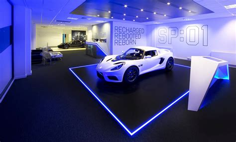 Detroit Electric Opens First Showroom